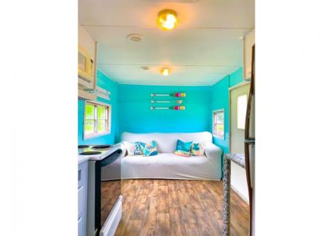 SUPER CUTE MOBILE BEACH HOUSE! PERFECT STARTER HOME OR CAMP!
